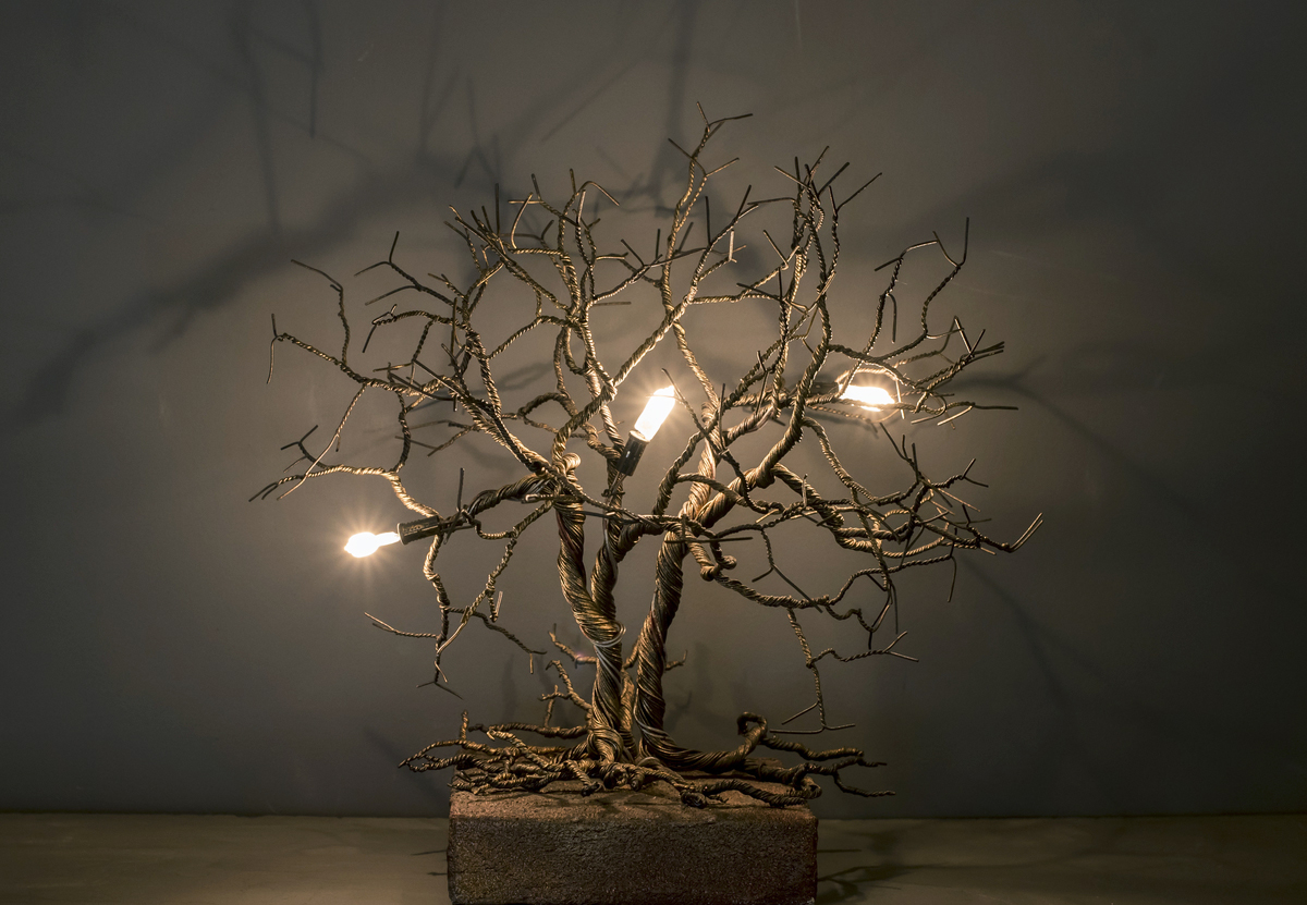 Roots Small - Table Lamp‎